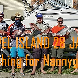 Keppel Island Nannygais Reef fishing around Keppel Island, Yeppoon QLD - YouTube